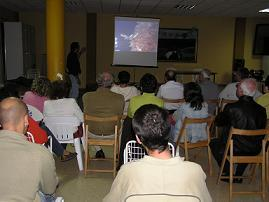 20051112225638-acto-aeropuerto.jpg