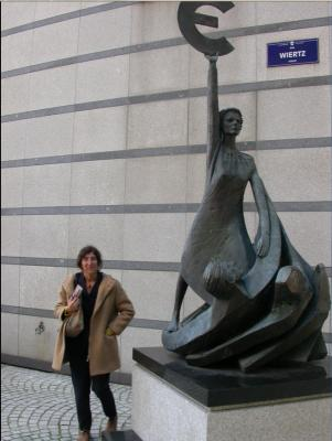 20070612102446-amalia-en-bruselas.jpg