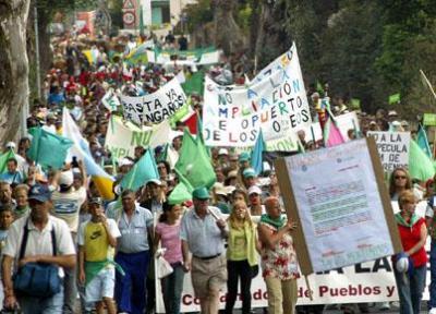 20070916124108-manisfestacion-los-rodeos-xl.jpg
