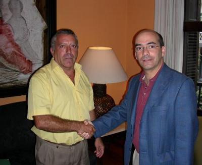 20091017143125-paco-roberto-mini.jpg
