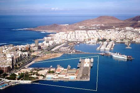 20110211135453-base-naval.jpg