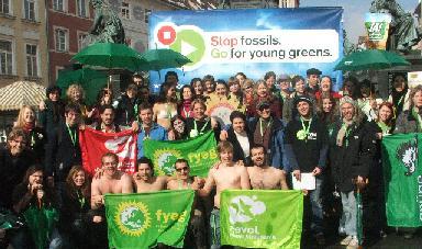 20060329145145-jovenes-verdes.jpg