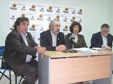 20110318143837-rueda-de-prensa-equo-mini.jpg